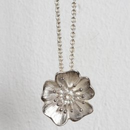 Mosami Wild Rose Love Pendant Necklace