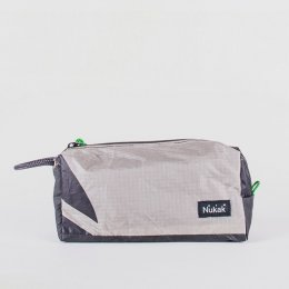 Nukak Kona Recycled Washbag