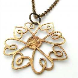 LA Jewellery Heartflake Brass Necklace